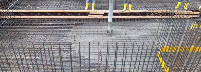 Kendiliğinden yerleşen beton